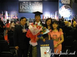graduation10.jpg